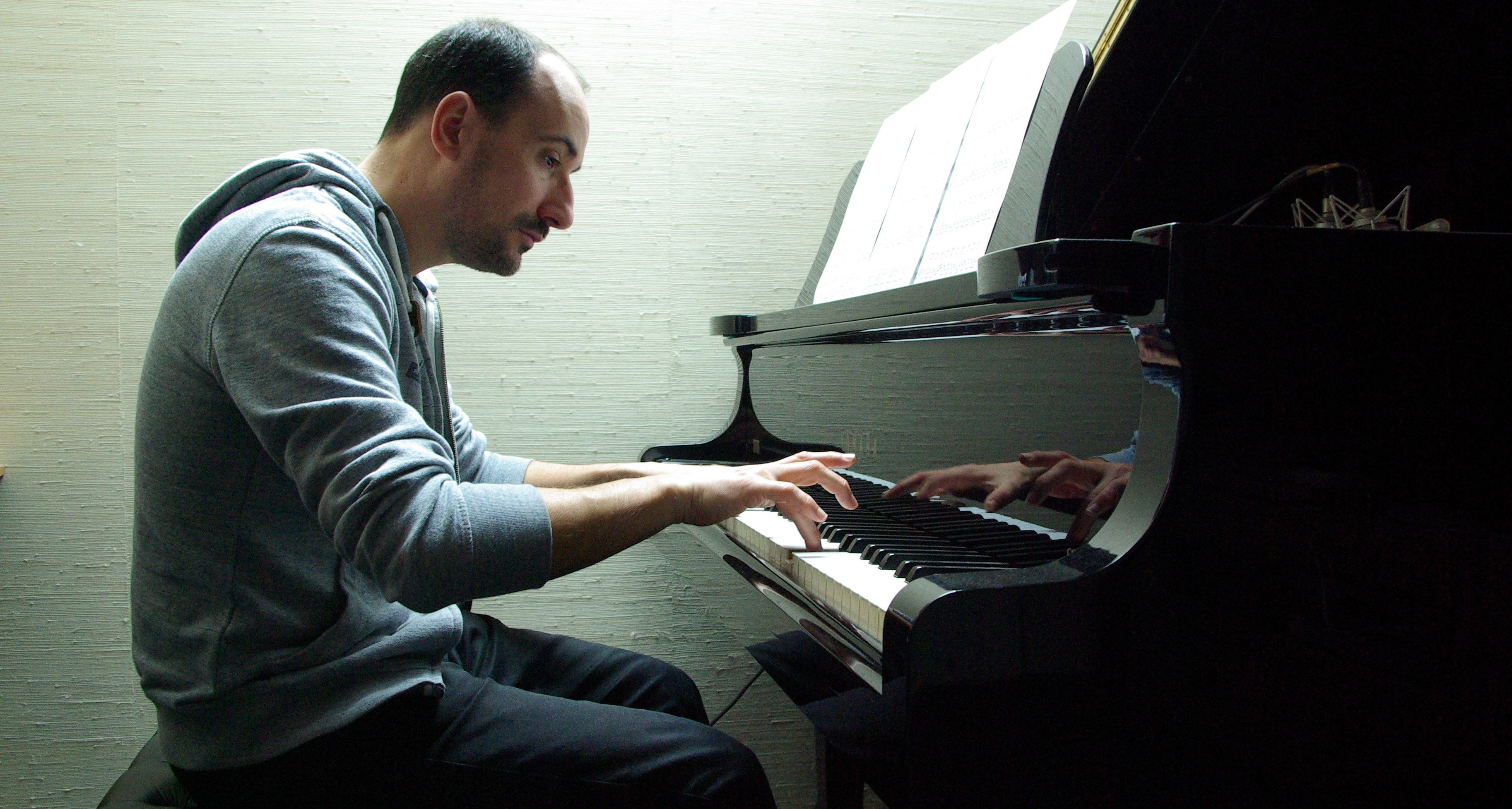Cyril piano 2